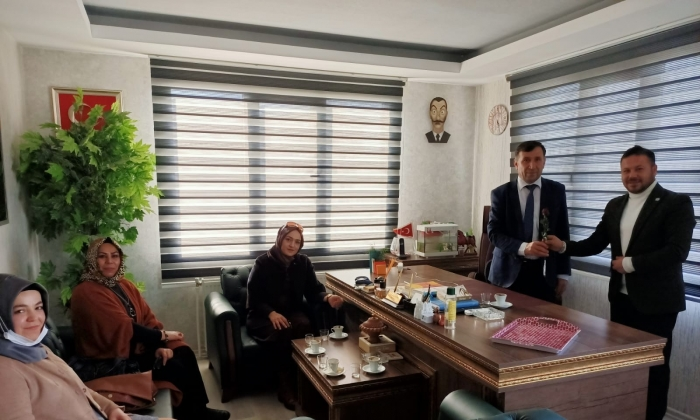 Gelecek Partisi'nden Çağdaş Gazetesi'ne ziyaret