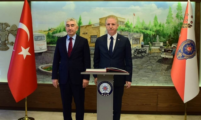 Vali Gül'den Emniyet Müdürlüğü'ne ziyaret