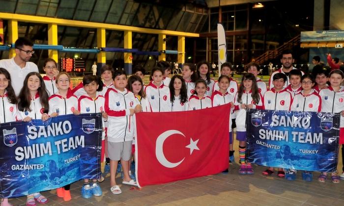 Sanko Okulları 4 madalya ile döndü