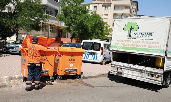 Şehitkamil'de Çöp ve haşerelerle mücadele
