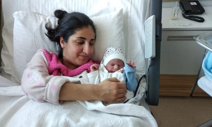 Yılın ilk bebeği ANKA'da gözlerini açtı