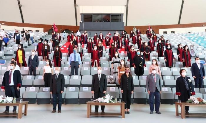 HKÜ 2020 Mezuniyet törenleri başladı